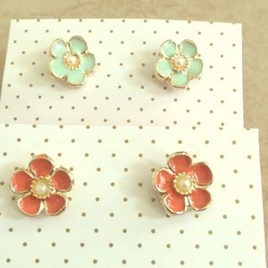 2 amazing flower earrings